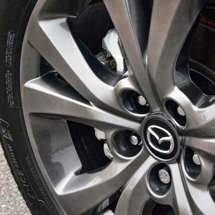 Installation de pneus, Tires installation
